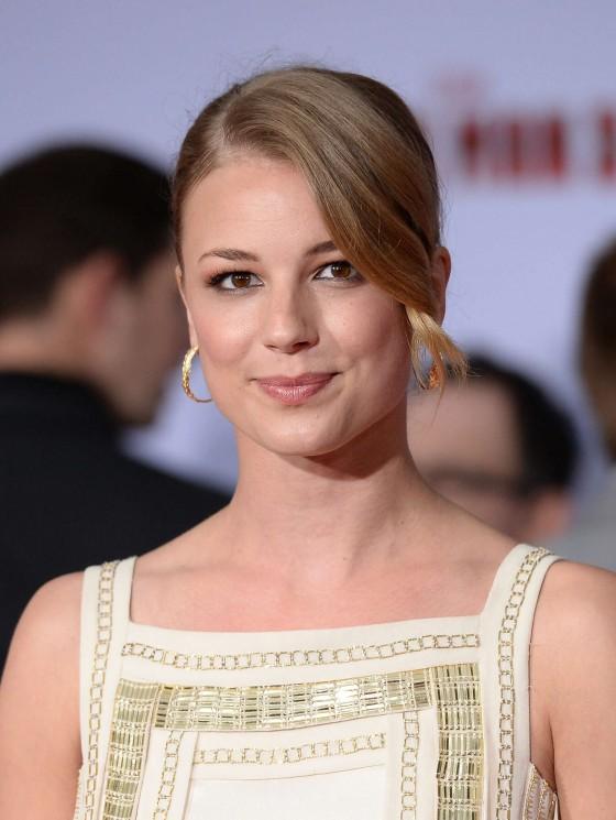 Emily VanCamp – Iron Man 3 premiere -13
