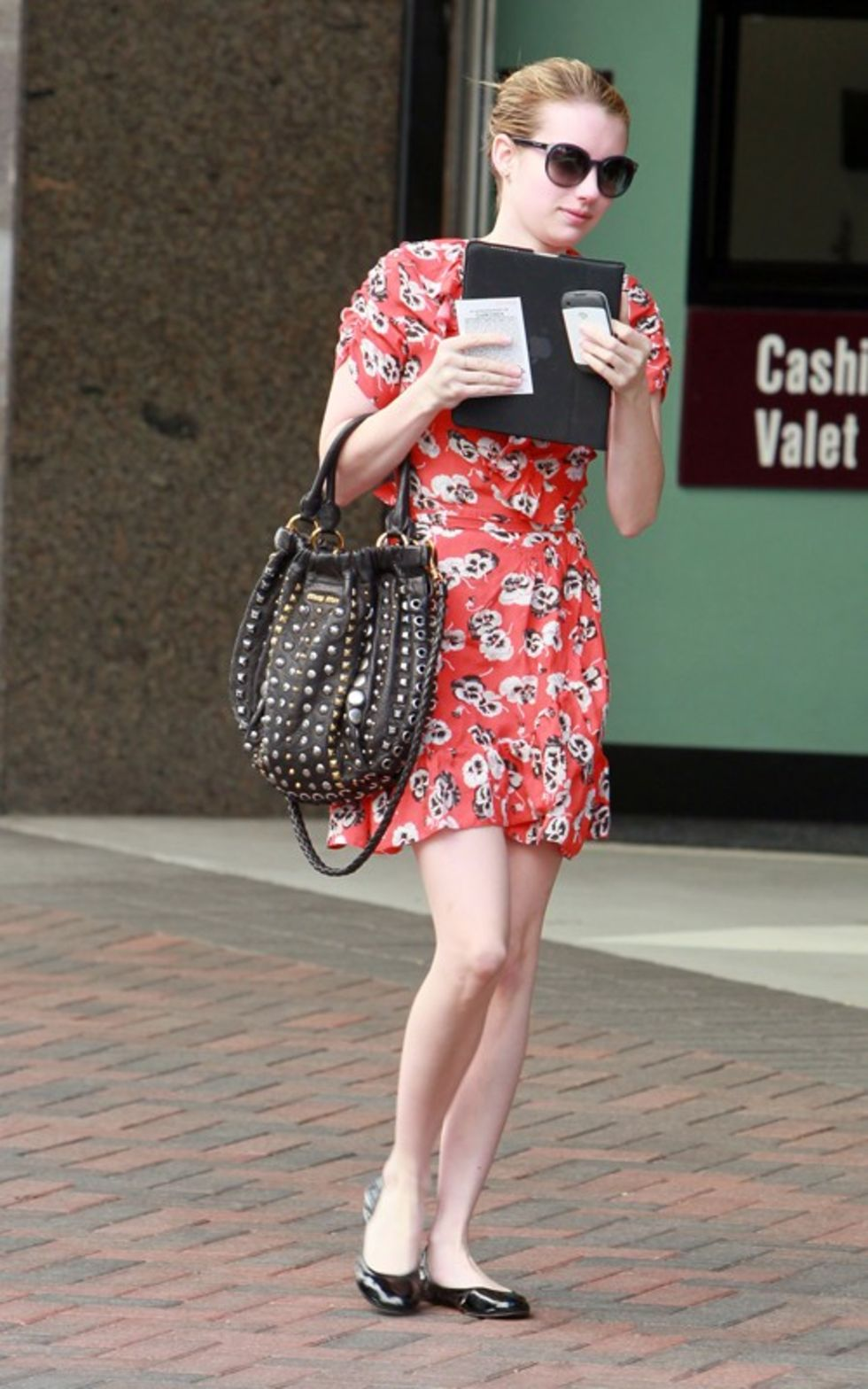 emma-roberts-showing-legs-in-beverly-hills-mq-04 - GotCeleb