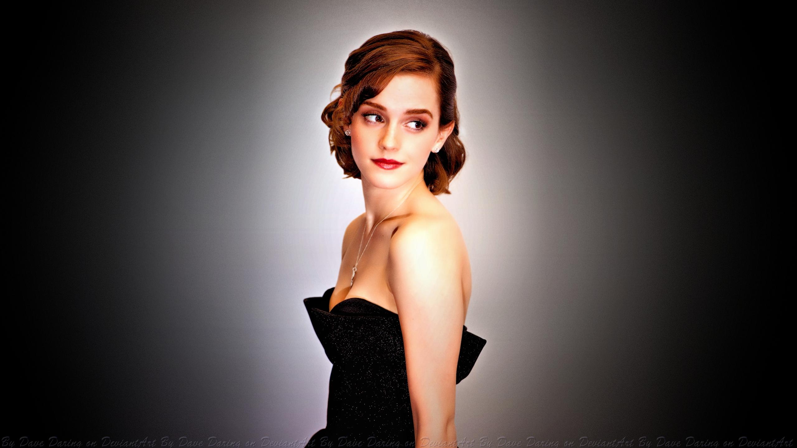 Emma-Watson-10-wallpapers--03.jpg