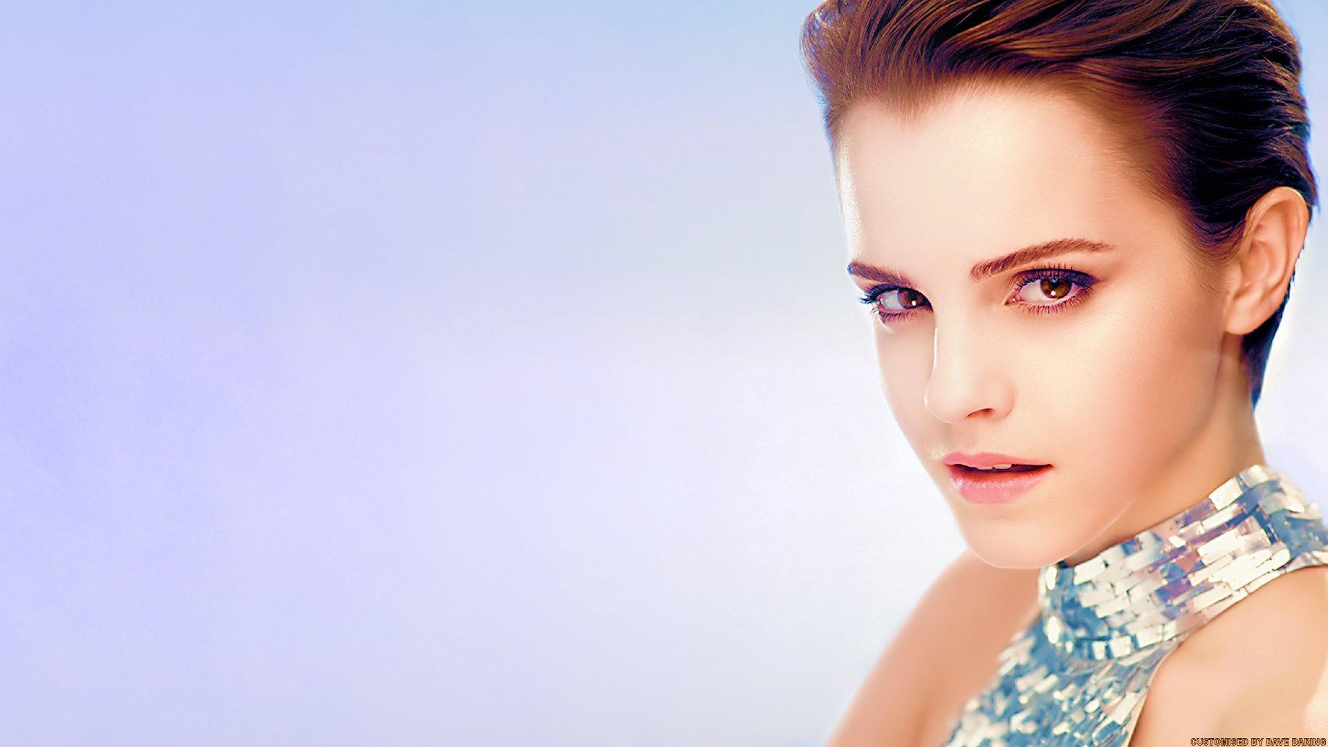 Emma-Watson-10-wallpapers--08.jpg