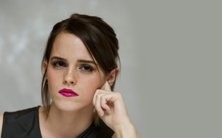 Emma Watson 50 Beauty Photos-03