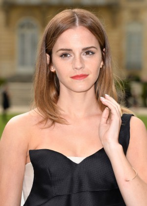 Emma Watson 50 Beauty Photos-05