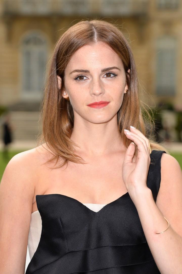 Emma Watson 50 Beauty Photos-05