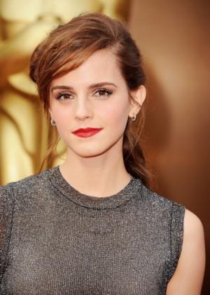 Oscar 2014: Emma Watson -07