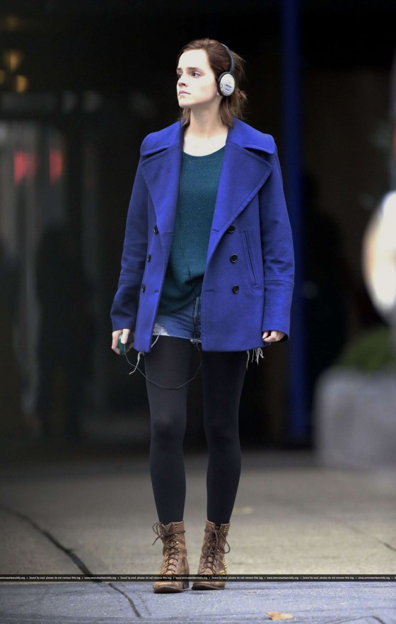 Emma Watson - Candids In New York City (Oct 2012)
