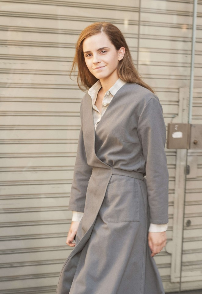 Emma Watson - Filming 'Colonia' in Buenos Aires, Argentina