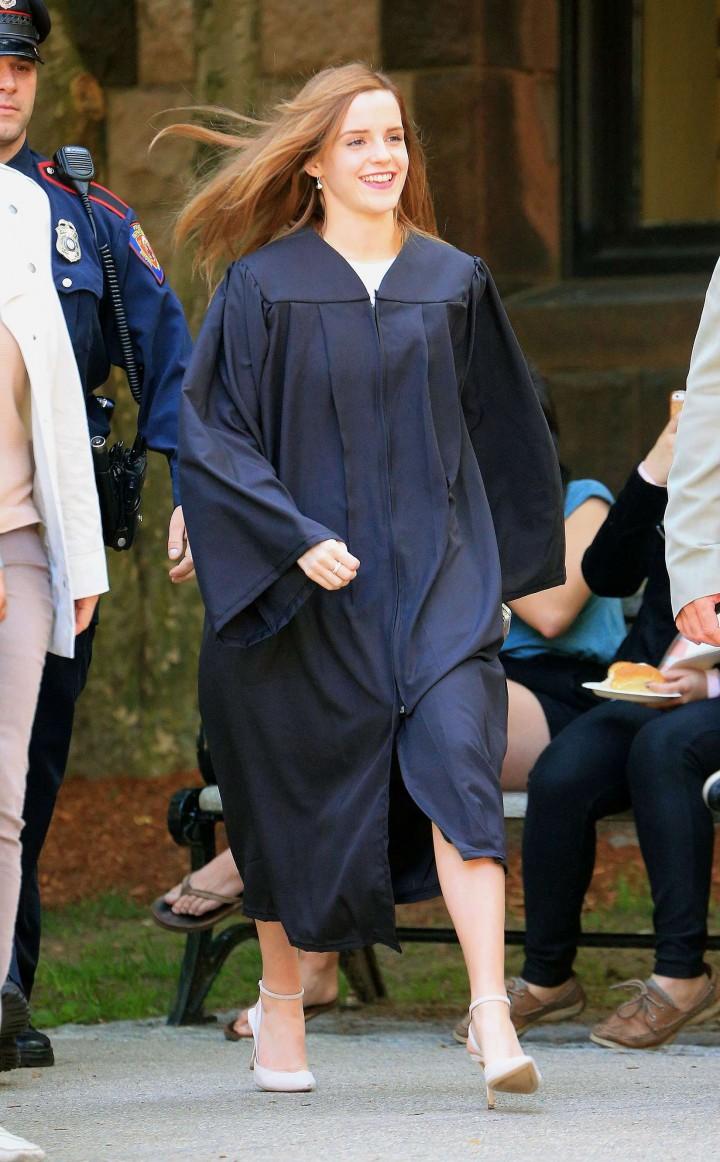 Emma Watson – graduates from Brown University