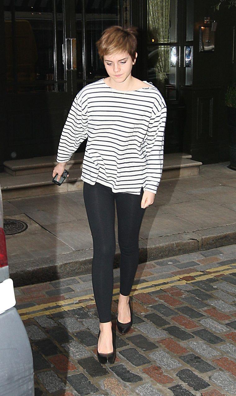 Emma Watson 2011 : emma-watson-london-candids-feb-22-2011-06