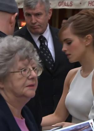 Emma Watson: Noah UK Premiere -06