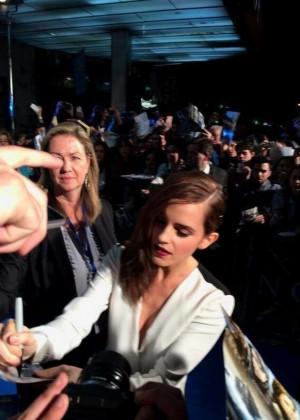 Emma Watson : Noah Madrid Premiere -07