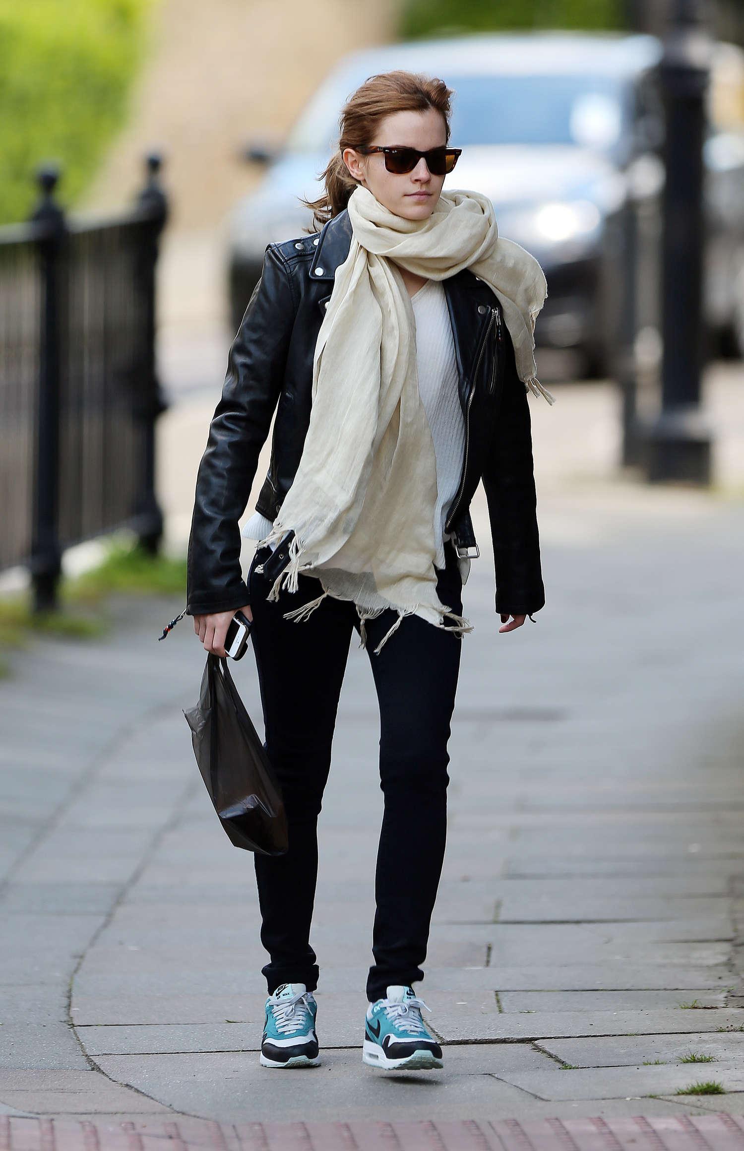 Emma Watson Casual Style 04 Gotceleb