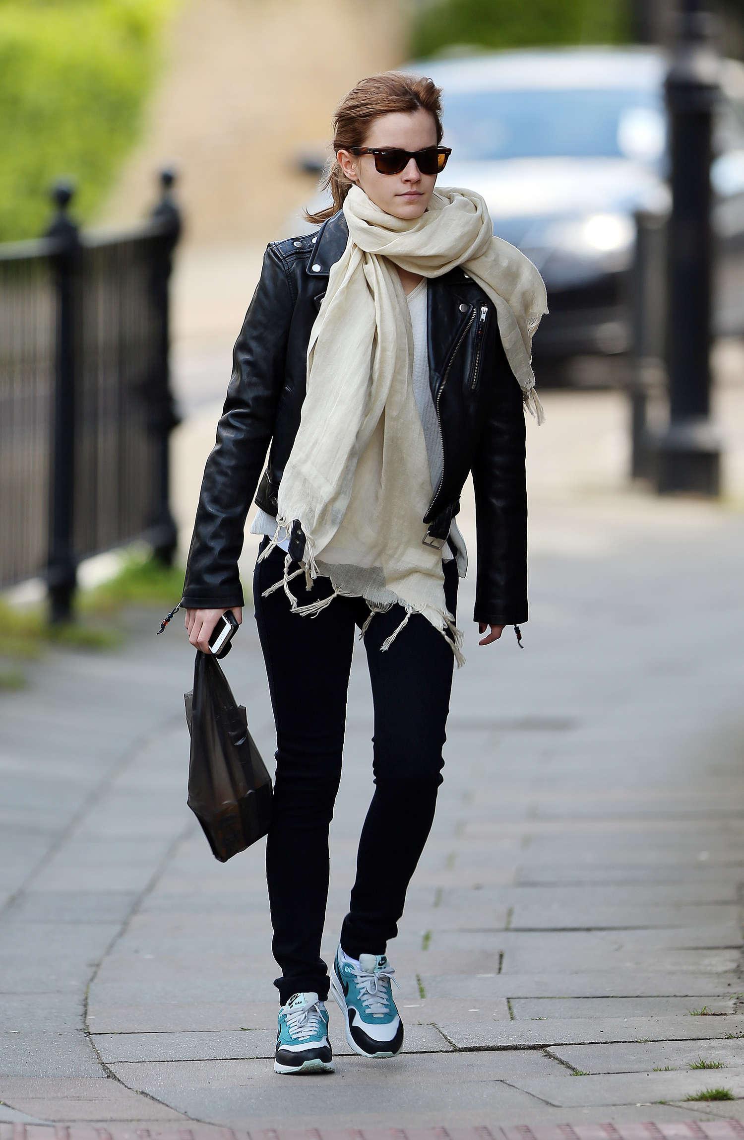 Emma watson out about in london gotceleb Emma watson fashion and style