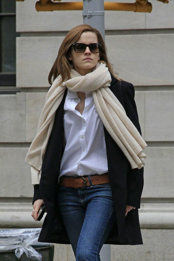 მსოფლიო მოდის (სტილის) აიქონები !!!  Emma-Watson-Casual-Jeans-Style--02