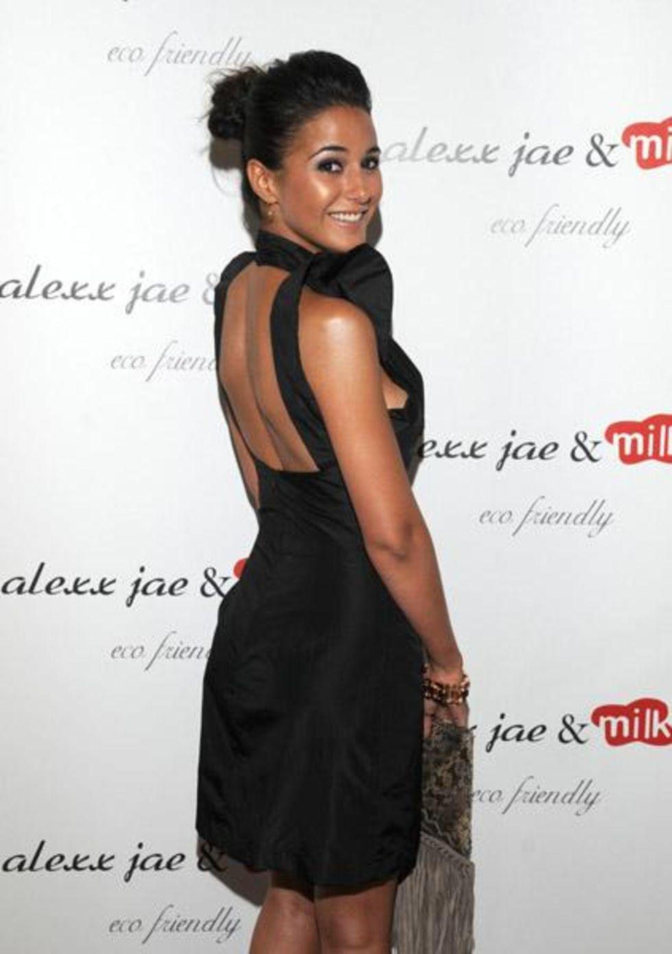 Emmanuelle Chriqui 2010 : emmanuelle-chriqui-cleavage-at-alexx-jae-milk-fw10-collection-launch-party-2010-01