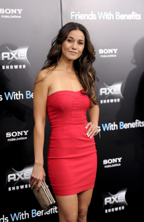 emmanuelle-chriqui-wear-hot-red-dress-at-friends-with-benefits ...