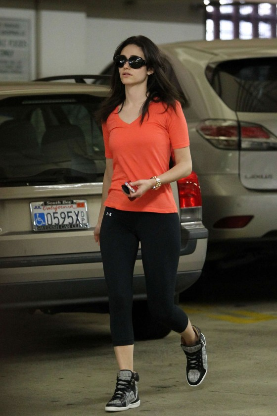 Emmy Rossum at Whole Foods -06
