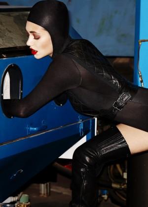 Emmy Rossum: Complex Magazine -01