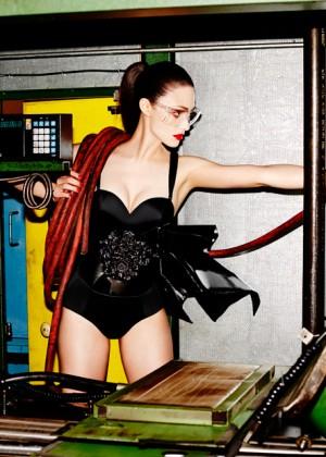 Emmy Rossum: Complex Magazine -02