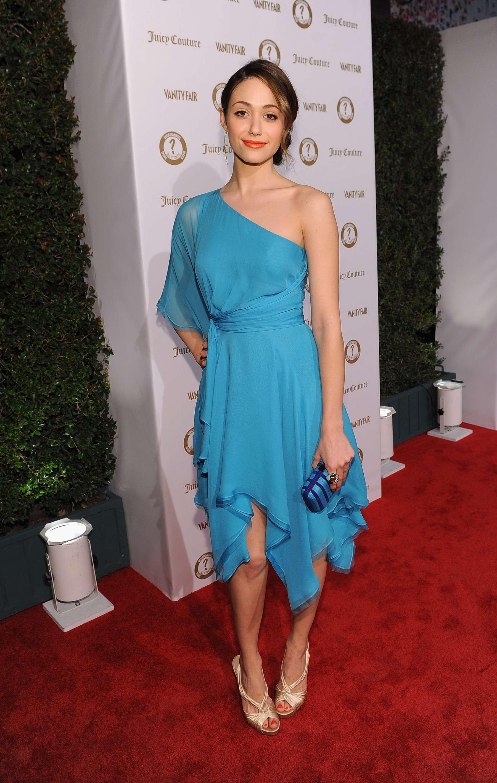 Emmy Rossum legs at Va...
