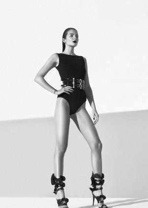 Eniko Mihalik: XOXO Magazine -03