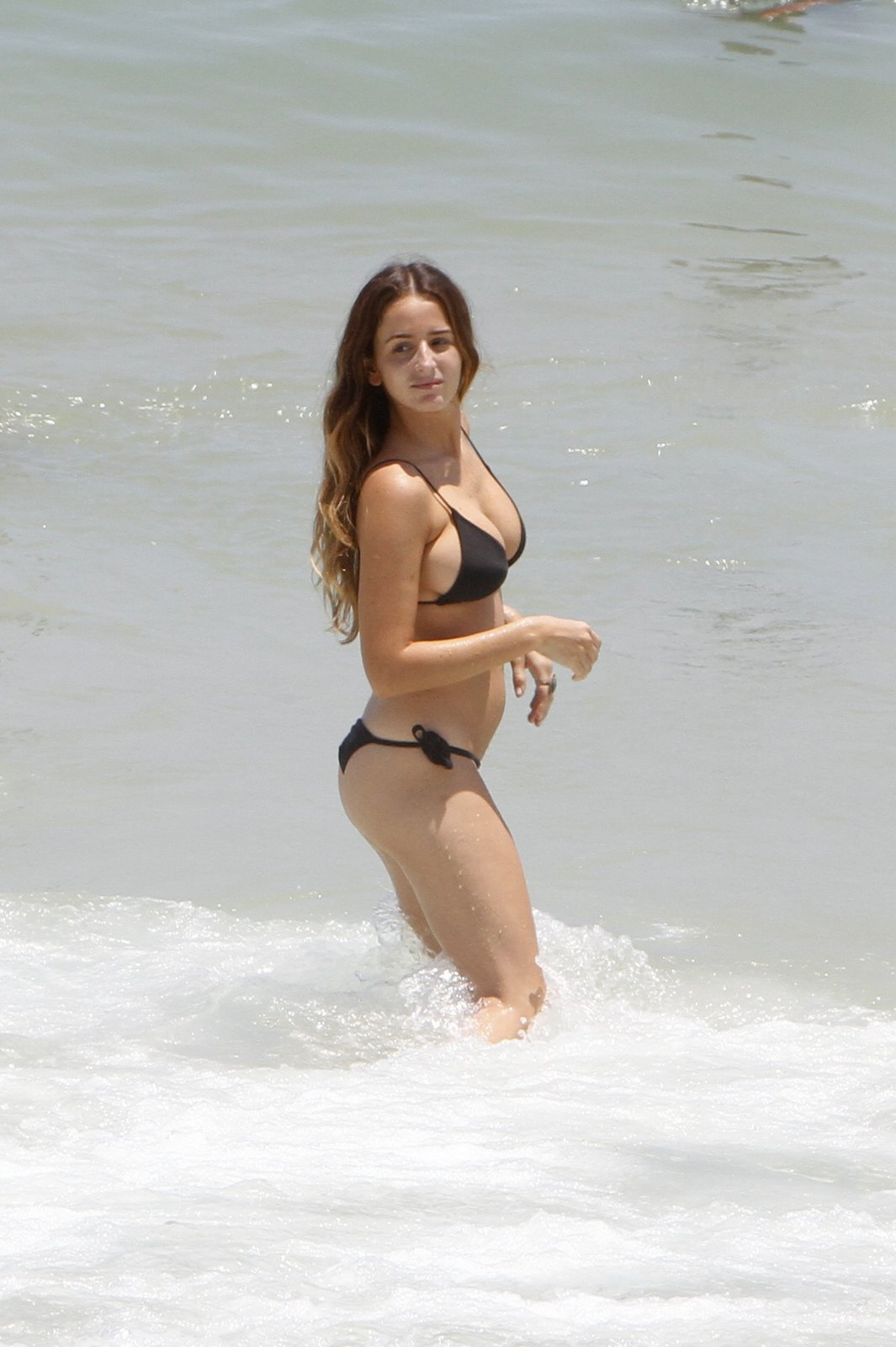 Erika Mader In Bikini 01 Gotceleb