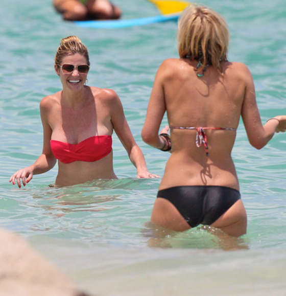 Erin Andrews ? Bikini in Miami-13