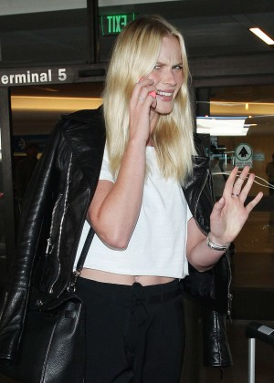 Erin Heatherton - Arriving at LAX in Los Angeles