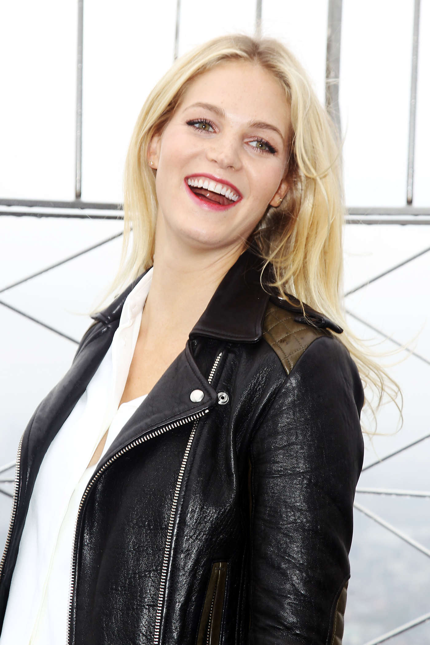 Erin Heatherton - Empire State Building in NYC