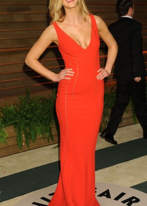Erin Heatherton: Oscar 2014 - Vanity Fair Party -01