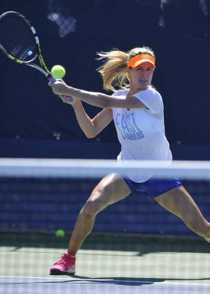 Eugenie Bouchard - Practice at the US Open 2014