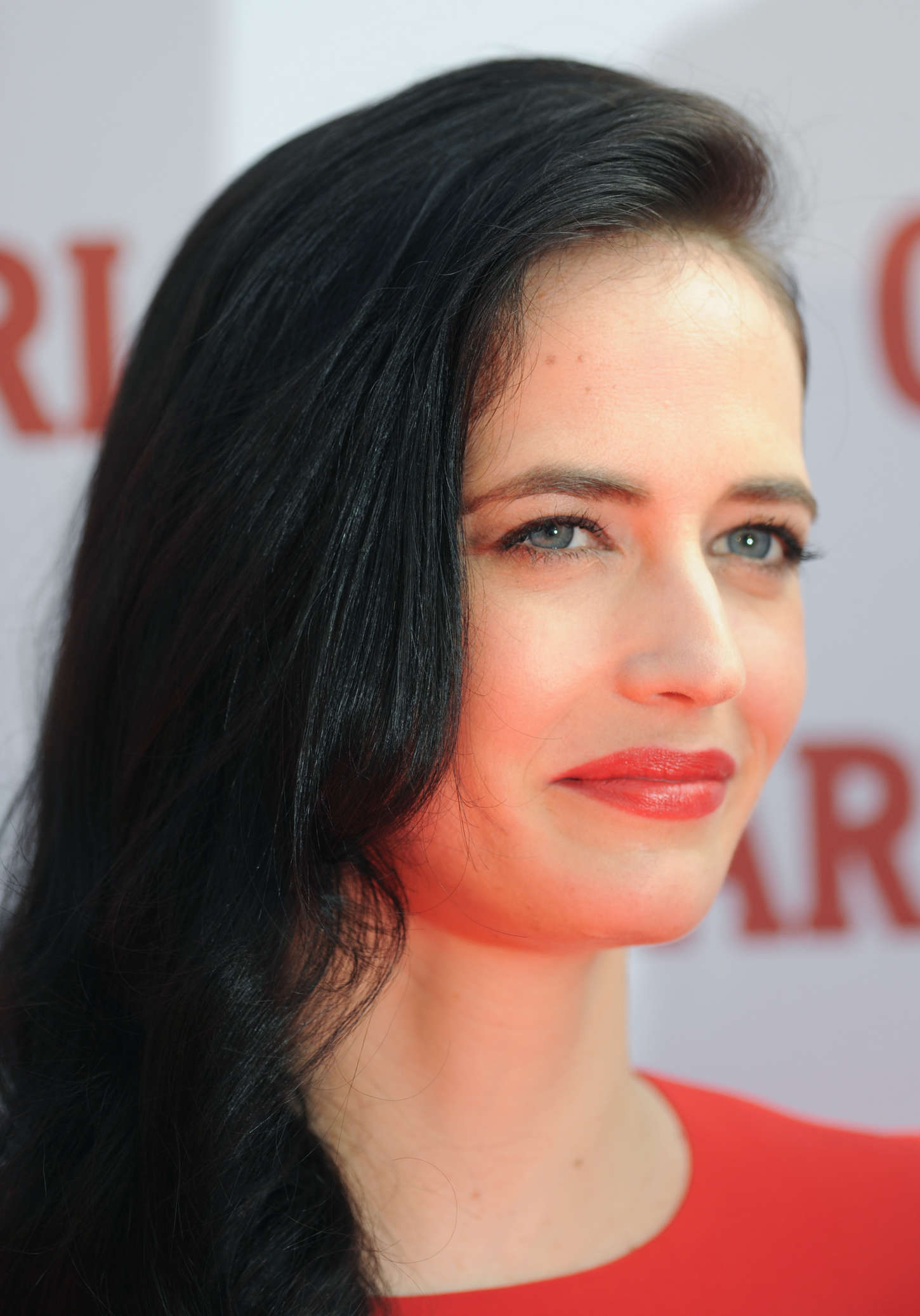 Eva-Green:-Campari-Calendar-2015-Launch-Photocall--02.jpg