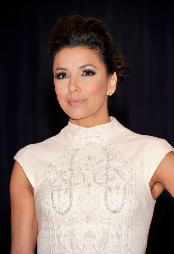 Eva Longoria – White dress-02