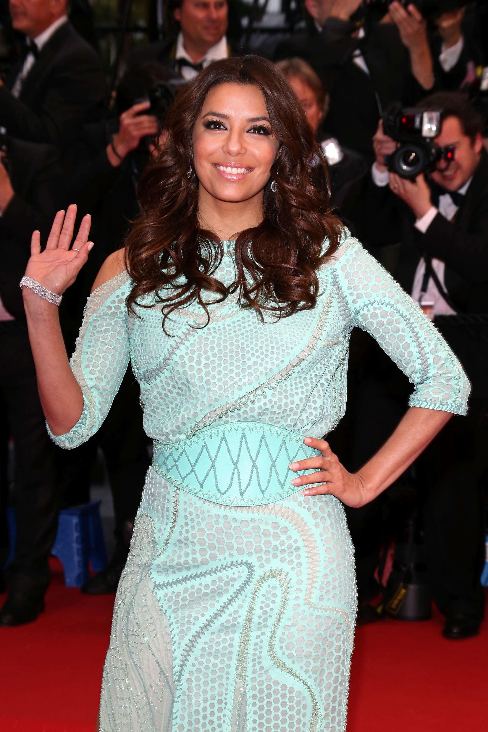 Eva Longoria Cannes 2013 Wardrobe Malfunction