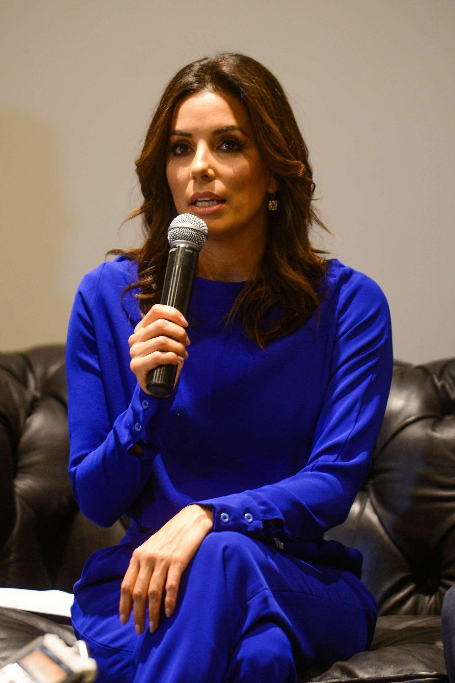 Eva Longoria 2014 : Eva Longoria out in Dubai -02