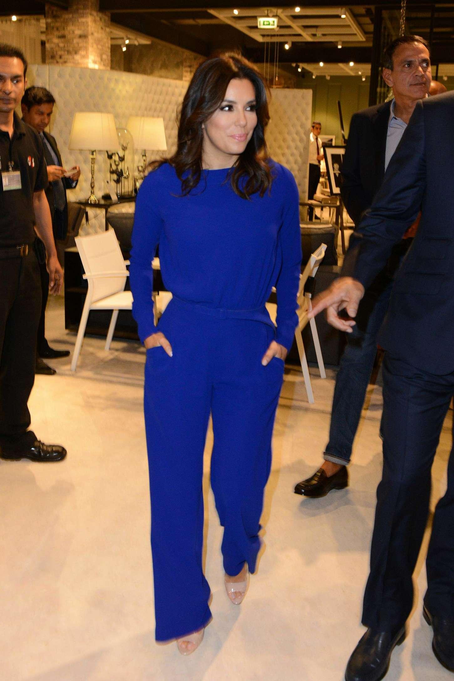 Eva Longoria 2014 : Eva Longoria out in Dubai -10