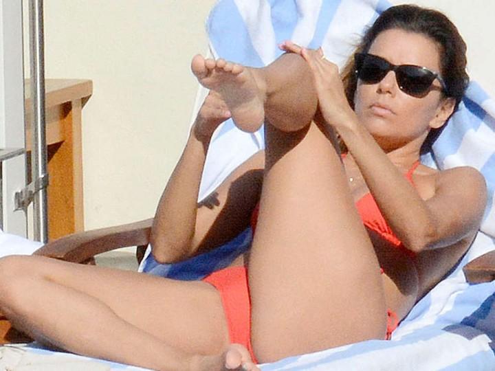 Eva Longoria bikini in Capri-10