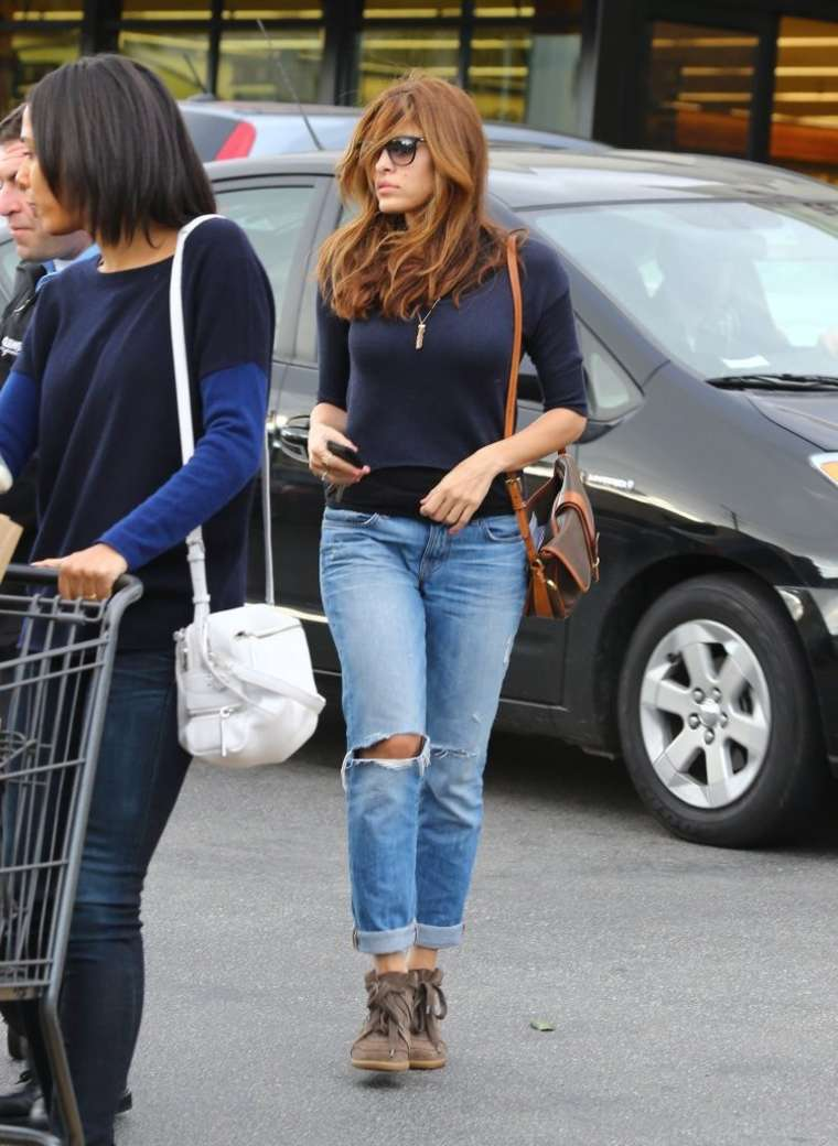 Eva Mendes Wear Sunglasses And Jeans 02 Gotceleb