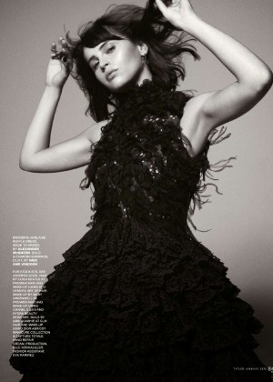 Felicity Jones  Tatler UK Magazine (January 2015)-01