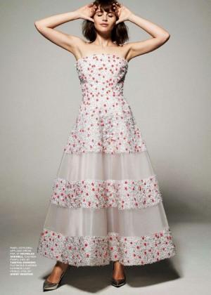 Felicity Jones  Tatler UK Magazine (January 2015)-04