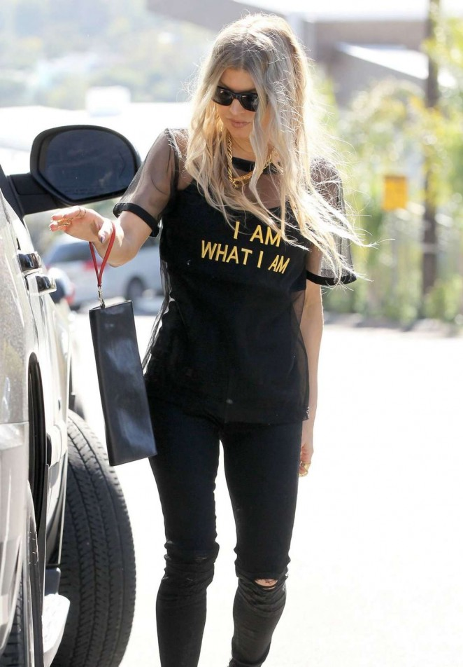Fergie in Tight Jeans - Leaving Her House in Brentwood