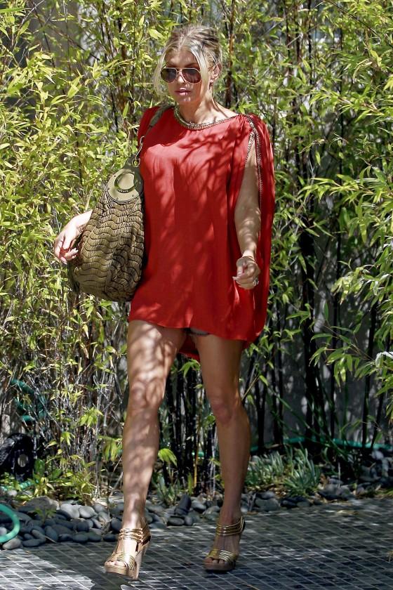 Fergie 2011 : fergie-leggy-candids-in-red-dress-in-la-05
