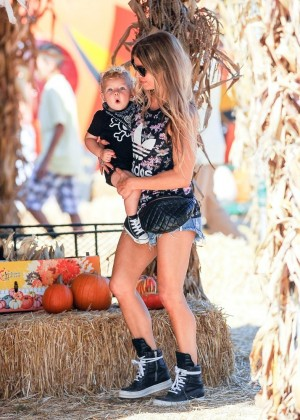 Fergie in Jeans Shorts at Mr. Bones Pumpkin Patch in West Hollywood
