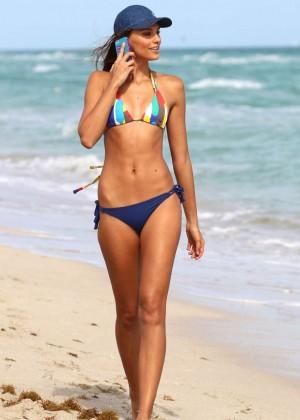 Fernanda Uesler Bikini Photos: 2014 Miami -09