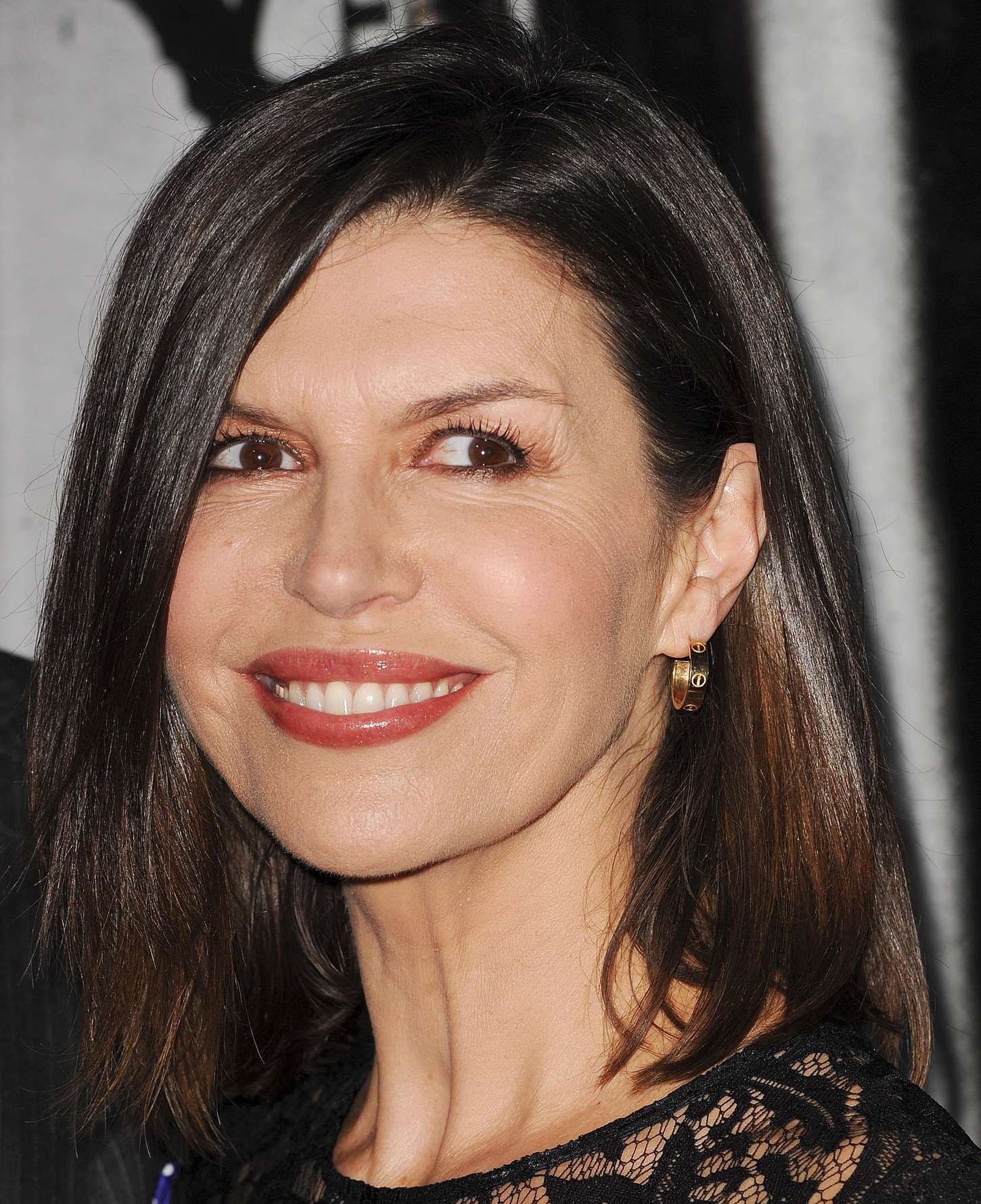 finola hughes leaving gh