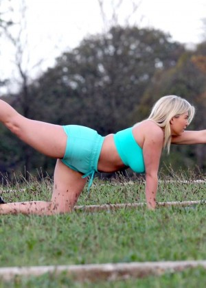 Frankie Essex in Shorts and Sports Bra Working Out -09