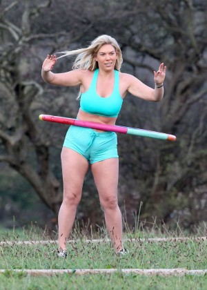 Frankie Essex in Shorts and Sports Bra Working Out -14