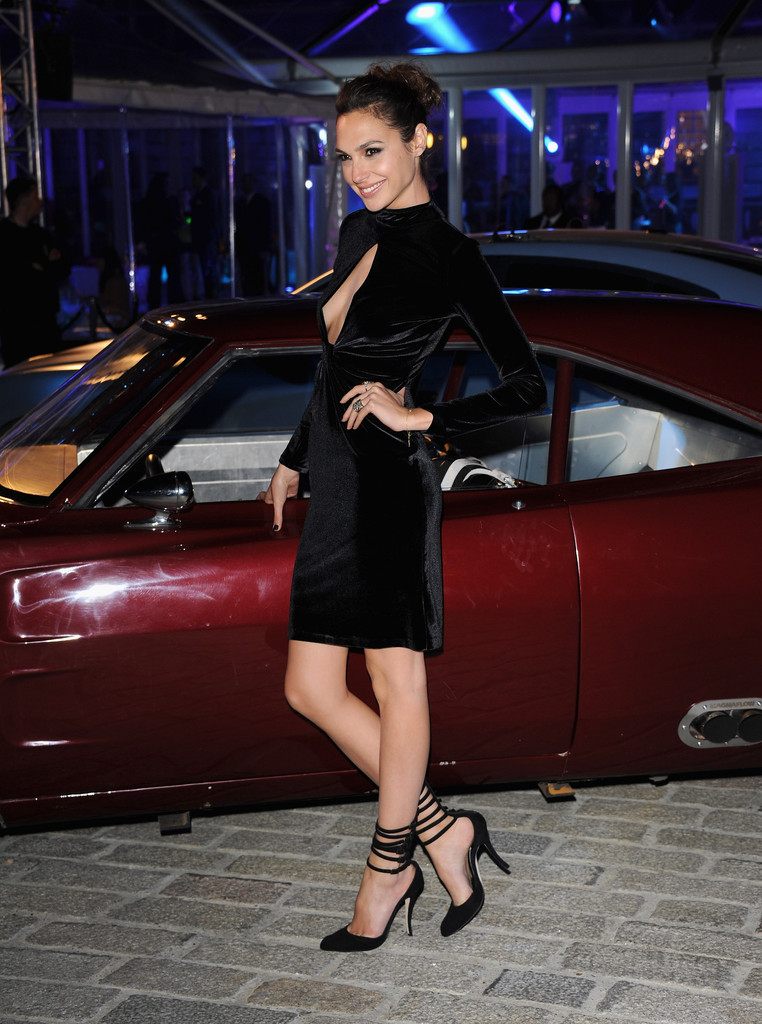 Gal Gadot At Fast And Furious 6 After Party 01 Gotceleb