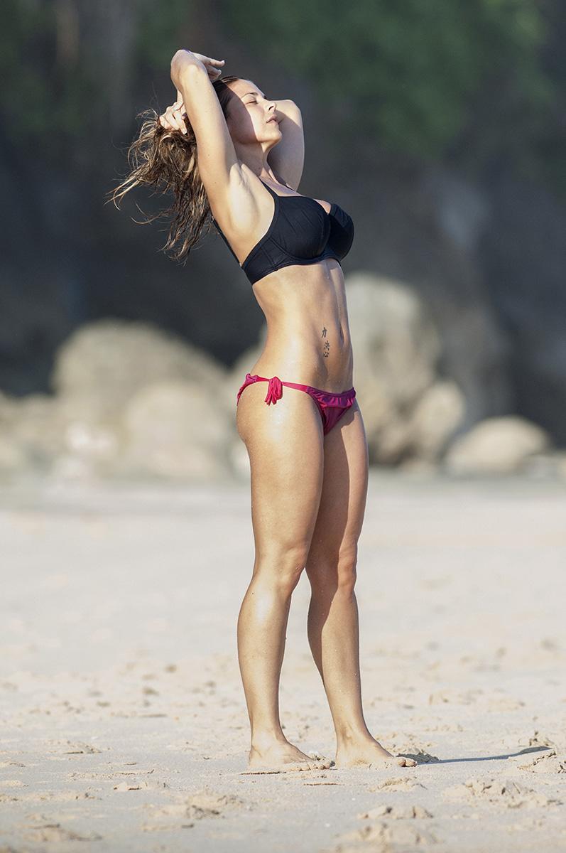 Gemma Atkinson 2014 : Gemma Atkinson in bikini -12