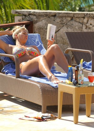 Gemma Atkinson Bikini Photos in Bali -01