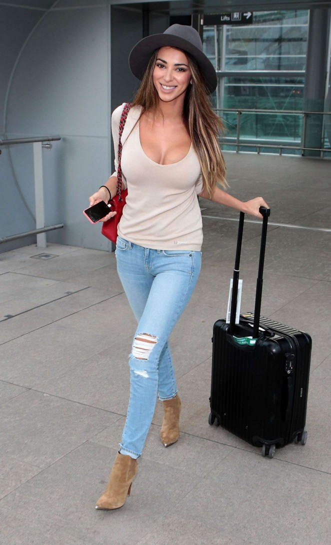 Georgia Salpa in Ripped Jeans on Airport in Dublin